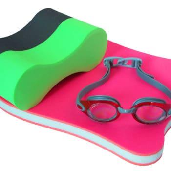 pullboy svoemmeplade og svoemmebriller til at traene svoemning